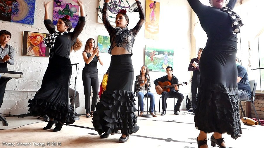 flamenco160501jpg_26239638284_o.jpg