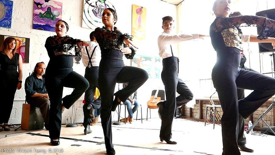 flamenco3_160501jpg_26239639424_o.jpg