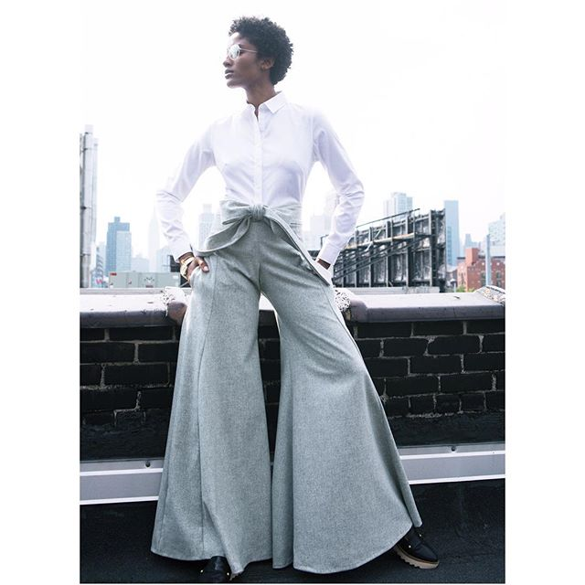 F l a r e.  Click the link in the bio to check out our amazing Grey Flare Leg Pants. #fashiondesigner #fashion #emergingdesigners #emergingdesigner #style #devonthomas #lifestyle #womeninfashion #beautiful #alwaysupportalent