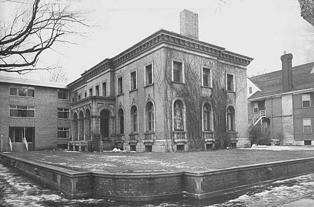 John Pillsbury Snyder House, 2118 Blaisdell Avenue, Minneapolis