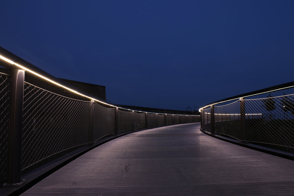 iLight-4-St-Louis-Arch-Park-plexineon-handrail- & iLight Technologies @ St. Louis Gateway Arch Park u2014 LIGHTING ...