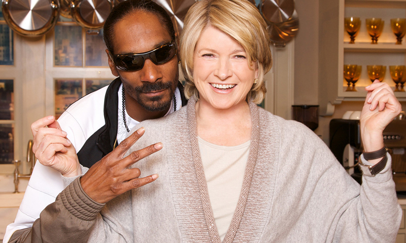 martha-stewart-snoop-dogg-cooking-show-00.jpg