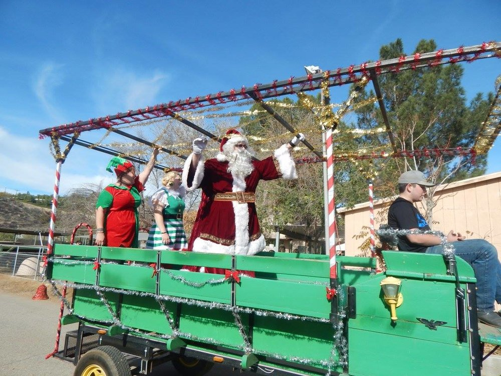 santa on wagon.jpg