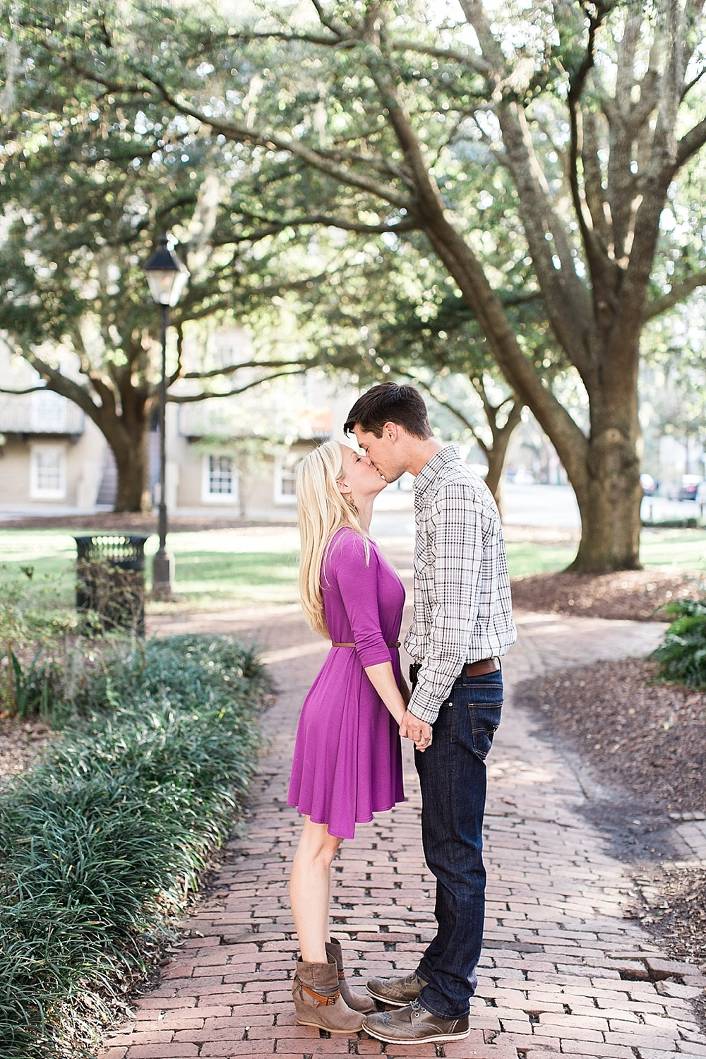 Savannah_Wedding_Photographer_River_Street_Lafayette_Square009.JPG