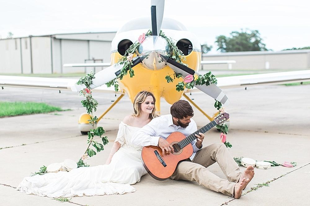 Savannah_Wedding_Photographer_Boho_Wedding_Dress_Vintage_Airplane019.JPG