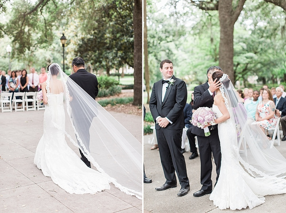 AptBPhotography_Savannah_Wedding_Photographer_Forsyth_Park_Vics_on_the_River046.JPG