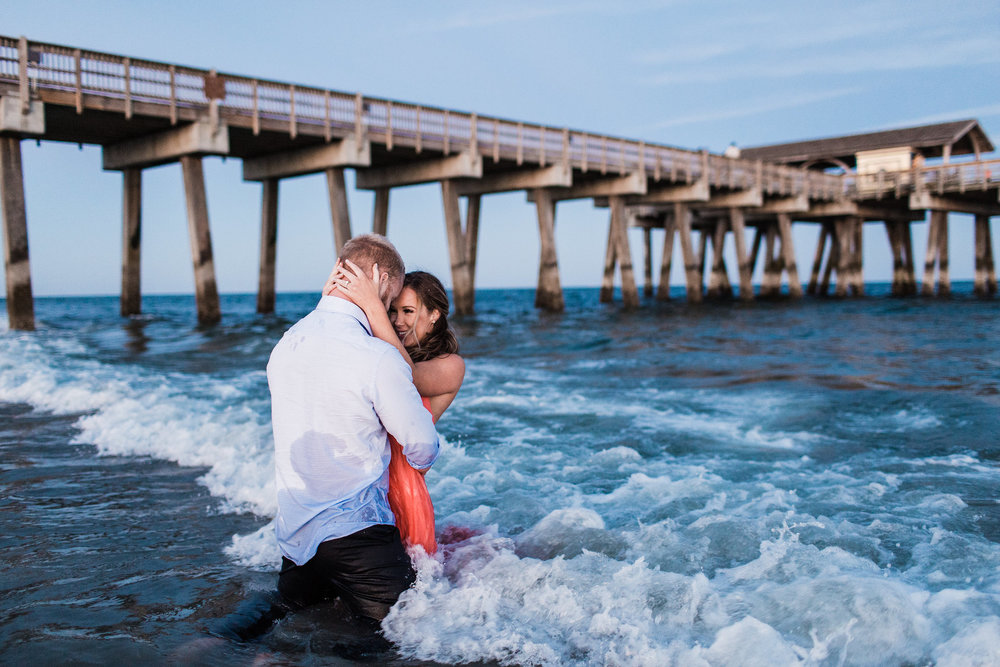 Erin-kevin-apt-b-photography-tybee-island-engagement-photoshoot-savannah-engagement-savannah-wedding-savannah-wedding-photographer-tybee-island-wedding-beach-engagement-tybee-island-sunset-28.jpg