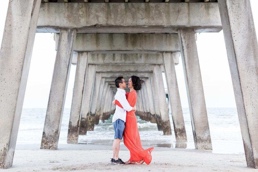 apt-b-photography-Savannah-wedding-photographer-savannah-engagement-photographer-historic-savannah-engagement-tybee-island-wedding-photographer-tybee-island-engagement-lifestyle-photographer-tybee-pier-11.jpg