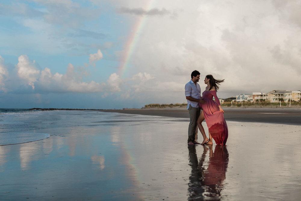 Apt-b-photography-savannah-maternity-photographer-savannah-wedding-photographer-tybee-island-engagement-tybee-maternity-01.jpg