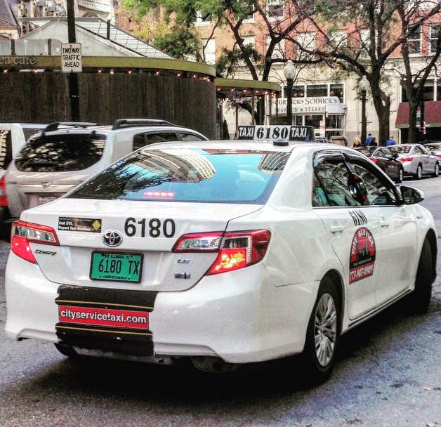 CHICAGO - The Cachi mirror is installed on over 400 taxicabs in Chicago, Illinois.