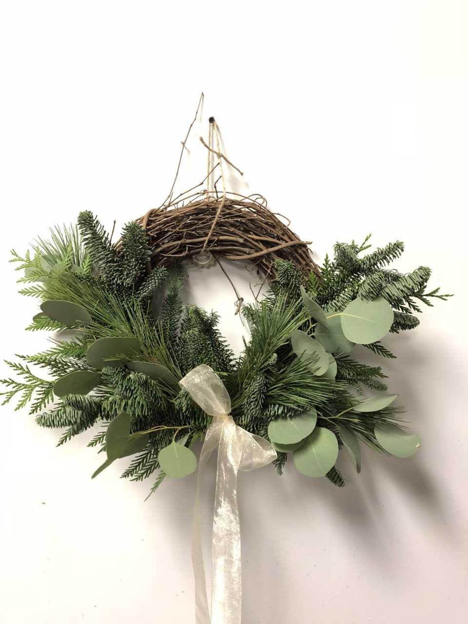 half wreath.jpg