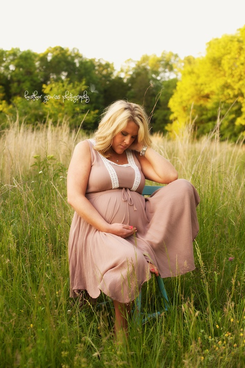 pregnant woman in field