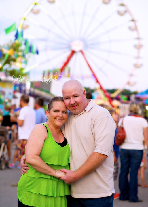 couple and ferris wheel