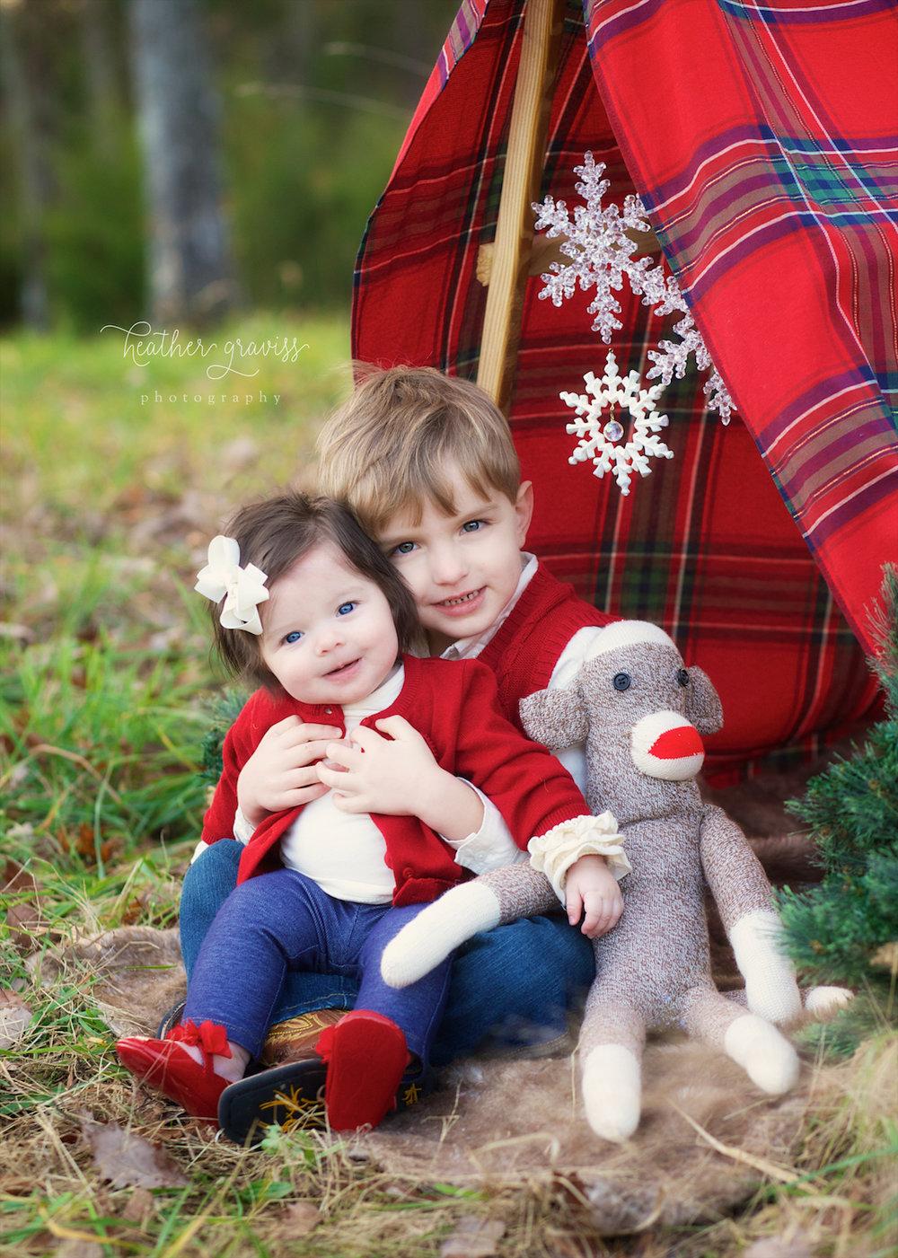 christmas-siblings.jpg