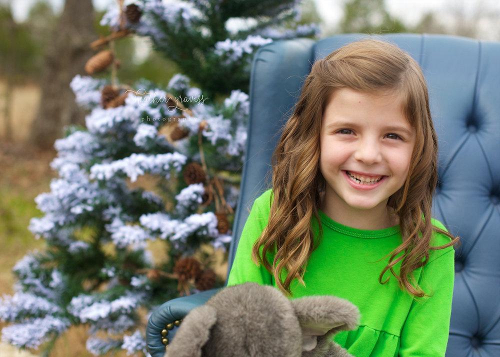 christmas-smiling-girl.jpg