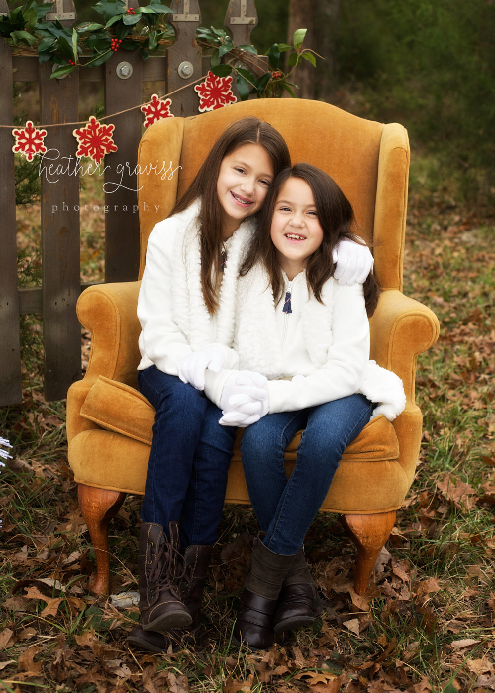 laughing-christmas-sisters.jpg