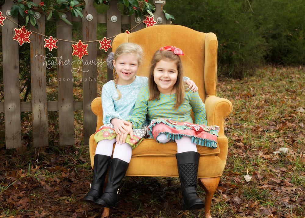smiling-christmas-girls.jpg