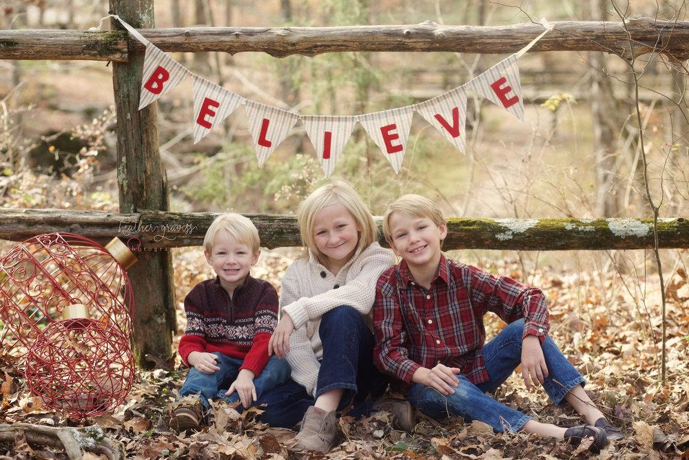 brothers-believing-in-santa.jpg