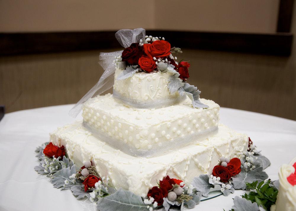 11-wedding-cake.jpg