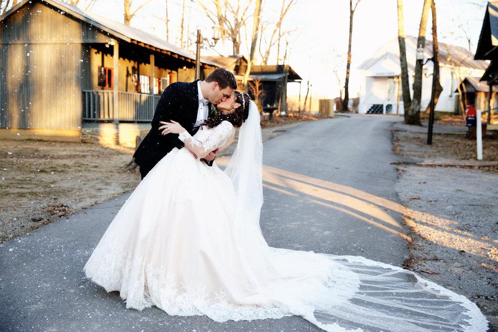 25-bridal-dip.jpg