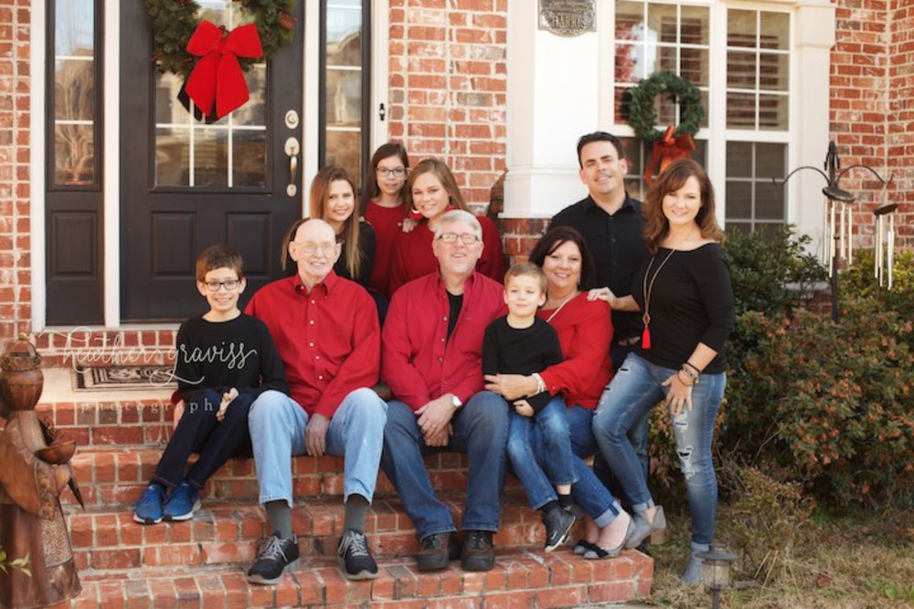 family-christmas-picture.jpg