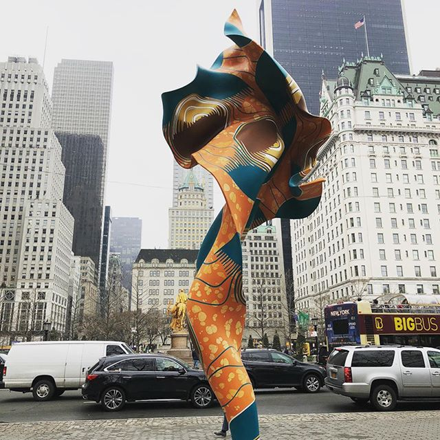 """We can't see wind, but we can see its effects."" #yinkashonibare  #windsculpture  #publicart"