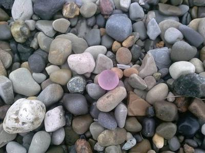 Beach Glass from Lake Erie. Click on the photo to view original source.