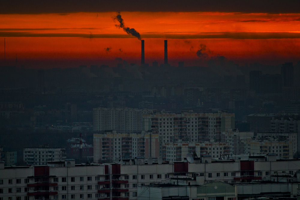 A sunrise in Moscow. November 15, 2012