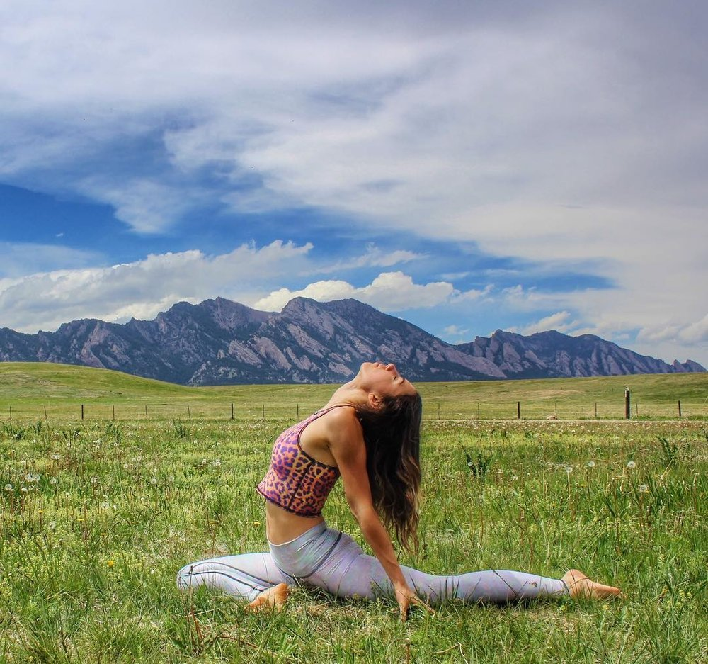 Yoga-in-Colorado-@kellypenderyoga-Instagram-OutThere-Colorado.jpg