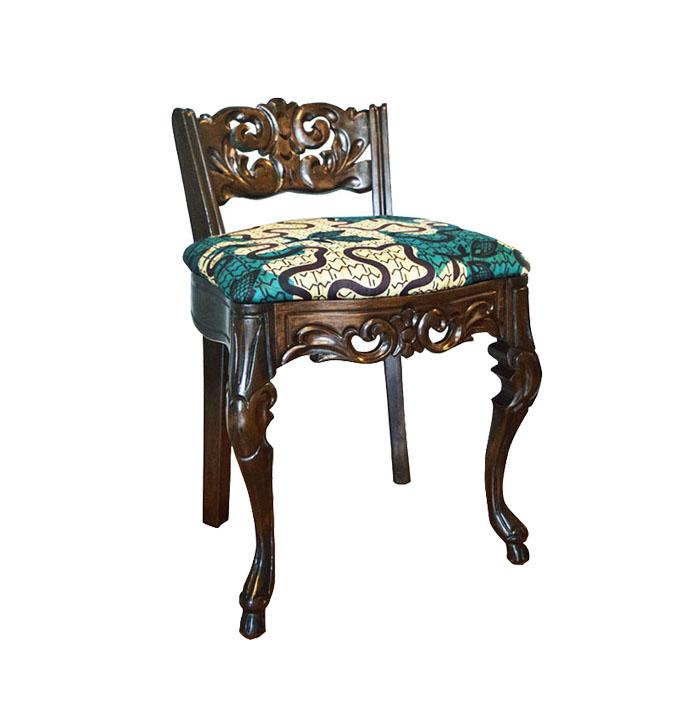 low back vanity chair.  The Little Prince Vanity Chair ENITAN VINTAGE
