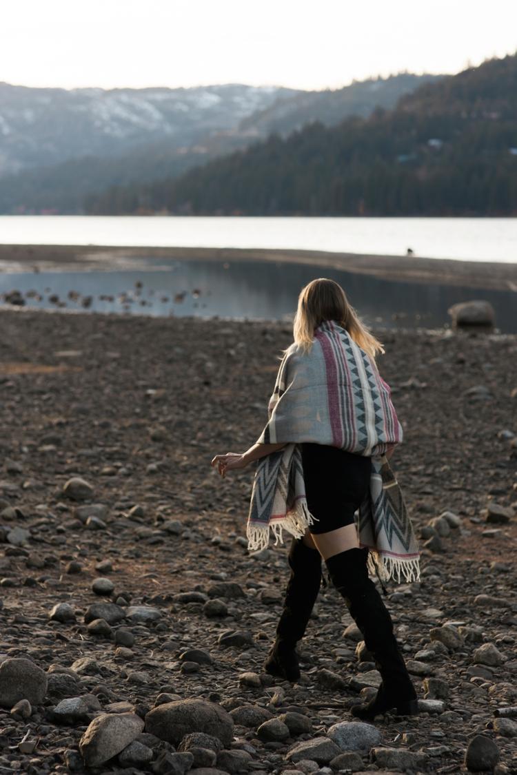 danelle-jared-truckee-donner-lake-engagement-photography-16.jpg