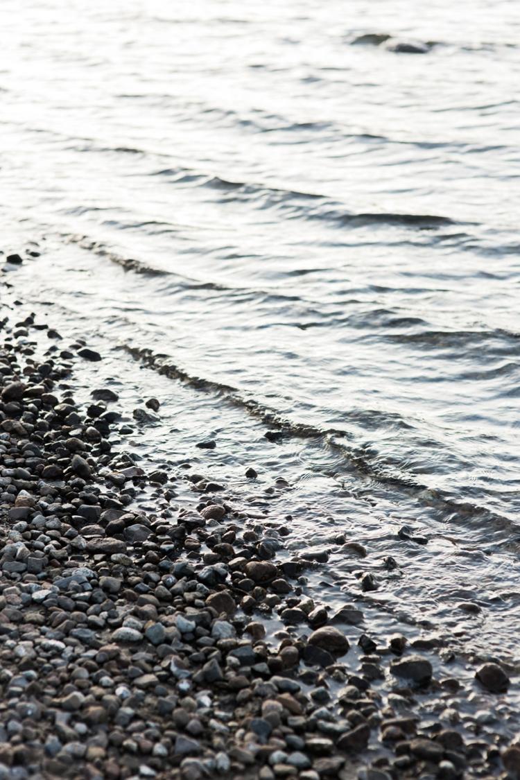 danelle-jared-truckee-donner-lake-engagement-photography-17.jpg