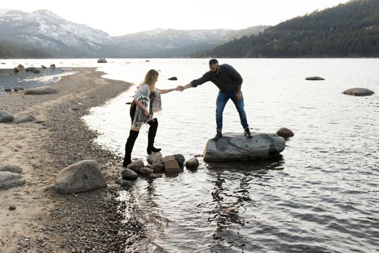 danelle-jared-truckee-donner-lake-engagement-photography-23.jpg