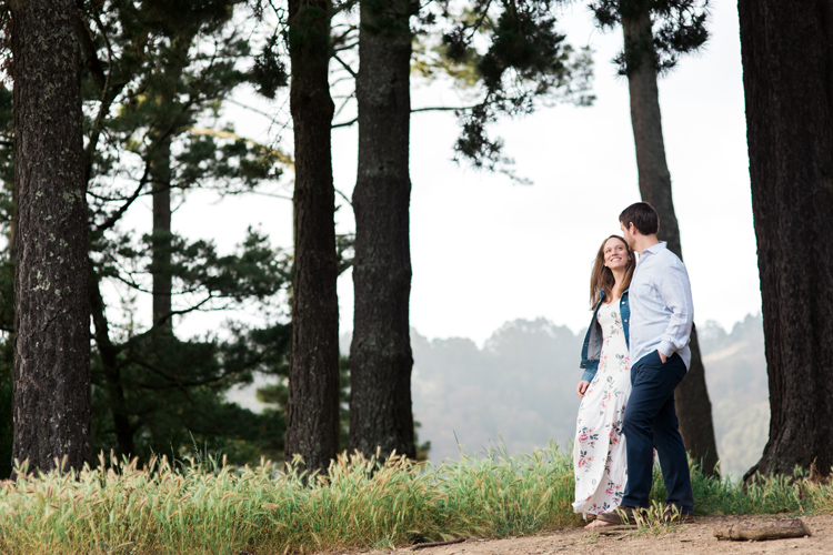 berkeley-claremont-canyon-regional-preserve-engagement-photography-lilouette-23.jpg
