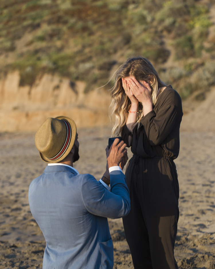 baker-beach-san-francisco-sunset-proposal-photography-lilouette-27.jpg