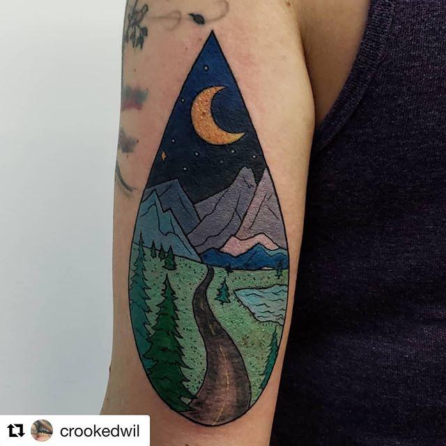 Two by Wil @crookedwil ・・・ #tattoo #skinandsoul #skinandsoultattoo #tattooer #colortattoo #mountains #scenery #tattooer #moon #seattletattoo #bellevuetattoo #bellevue #instatattoo #pnw #seattle #bellevue #bestof425 #outdoors