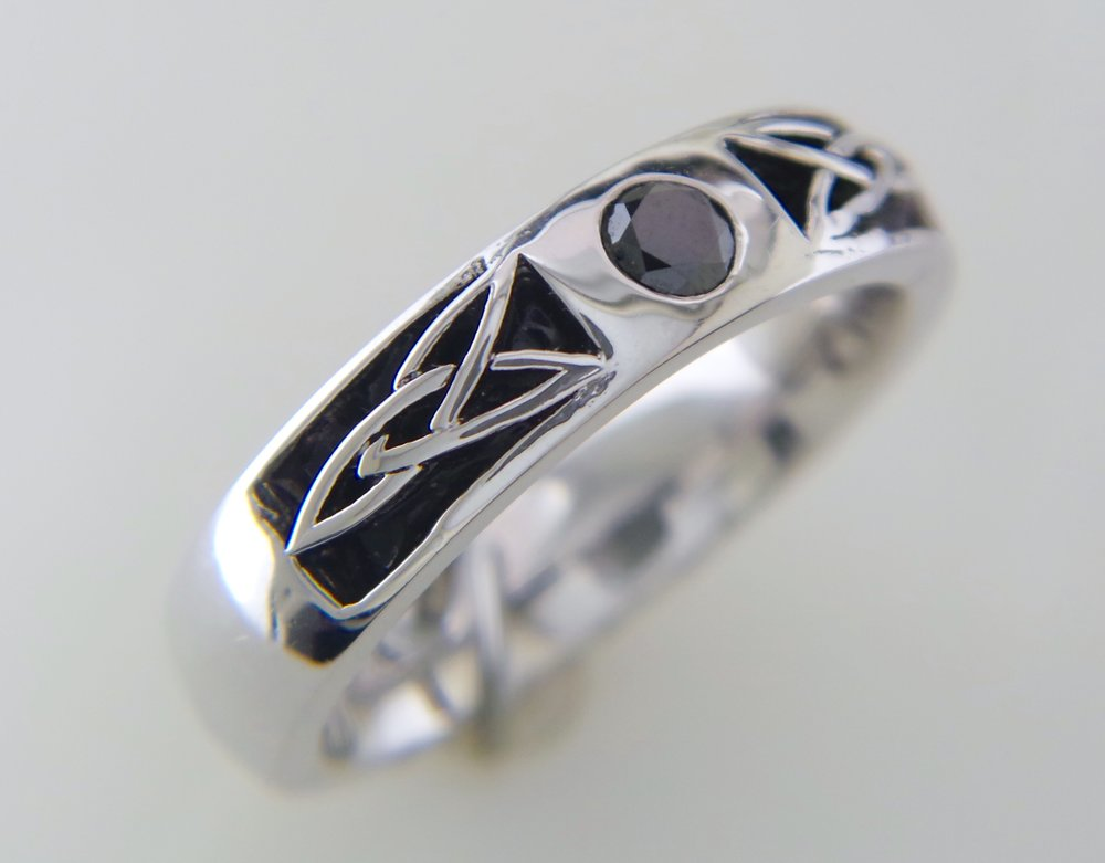 Celtic Men's black diamond ring