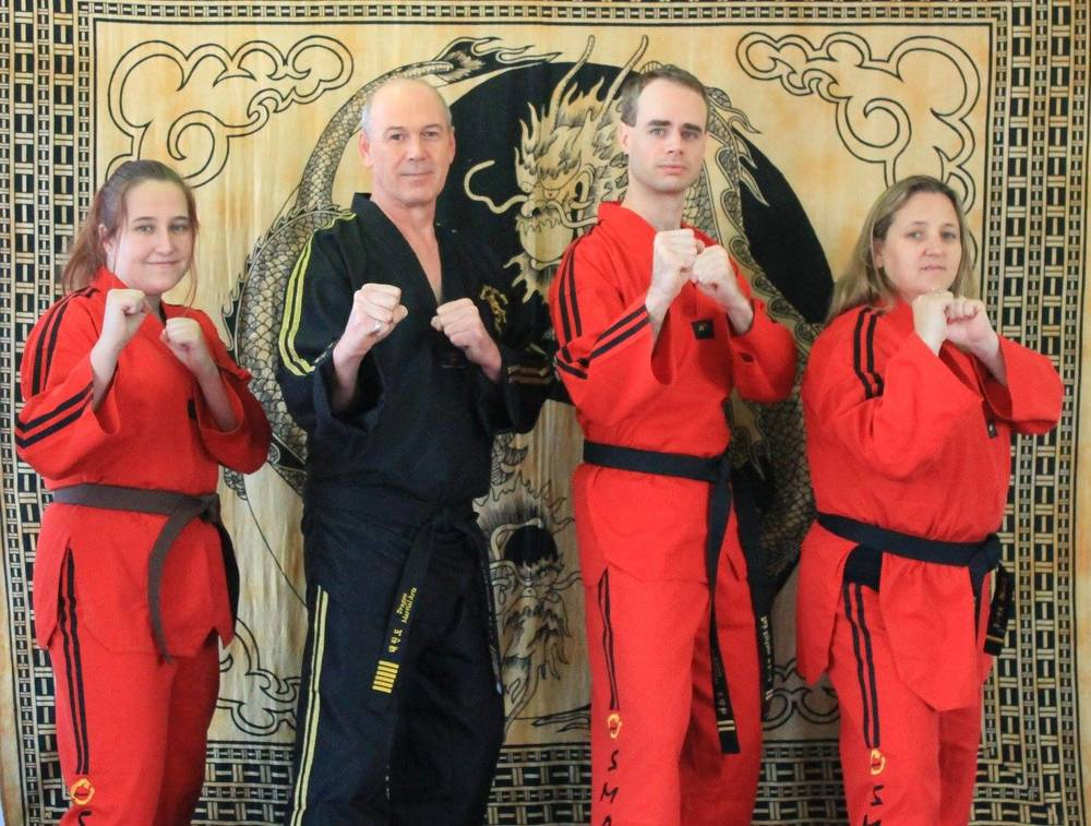 facebook-black-and-brownbelt-students.jpg