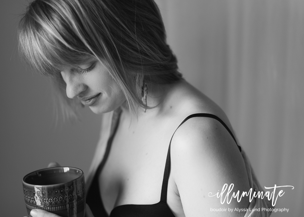 Minneapolis boudoir portrait with coffee