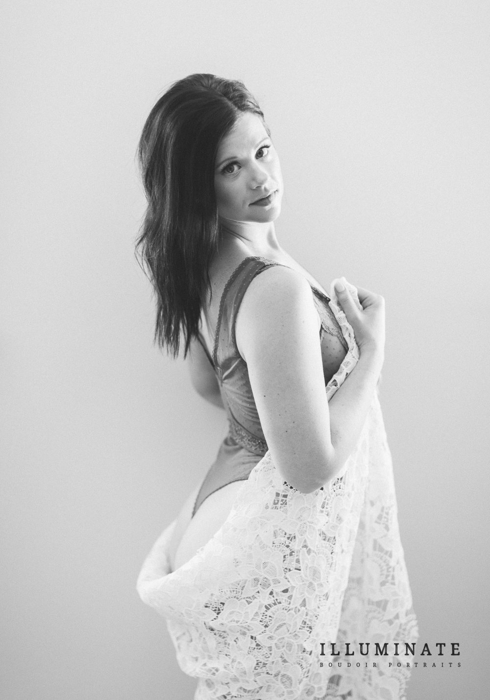 Carly Boudoir-26.jpg