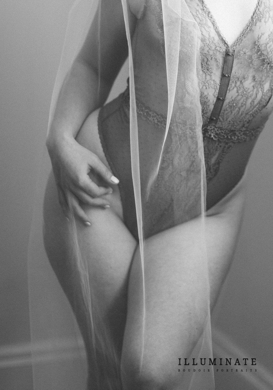 Carly Boudoir-30.jpg