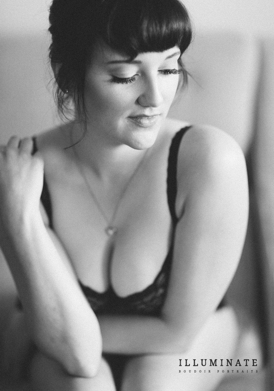 Rachel boudoir-05.jpg