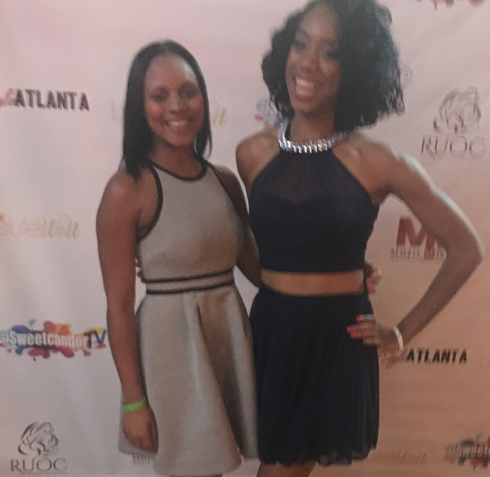 Host Maria Wills and Kisa Willis