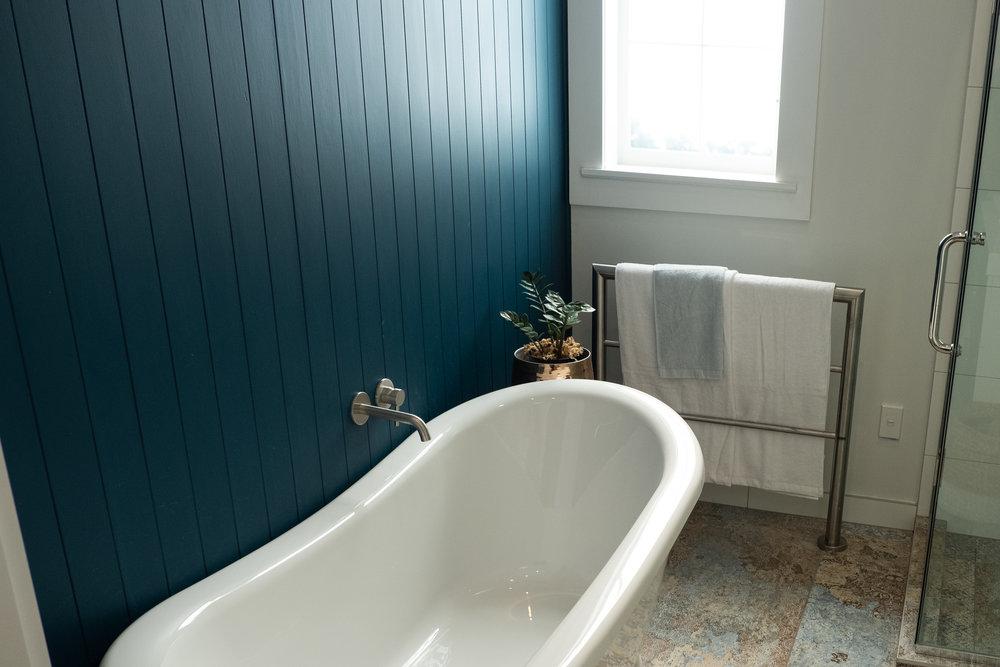 Kirsten Ford Design-Grand Old Lady-Bathroom-4