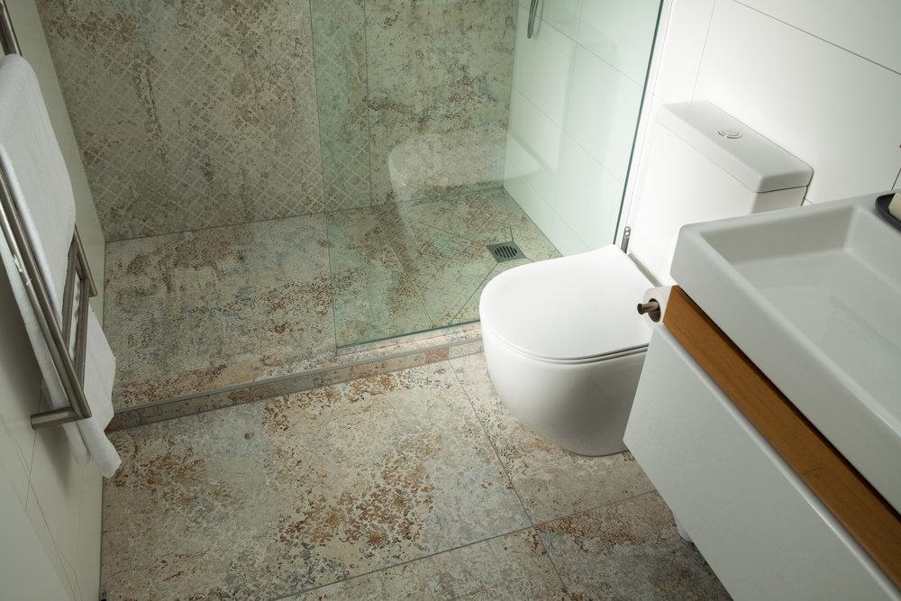 Kirsten Ford Design-Grand Old Lady-Bathroom-2