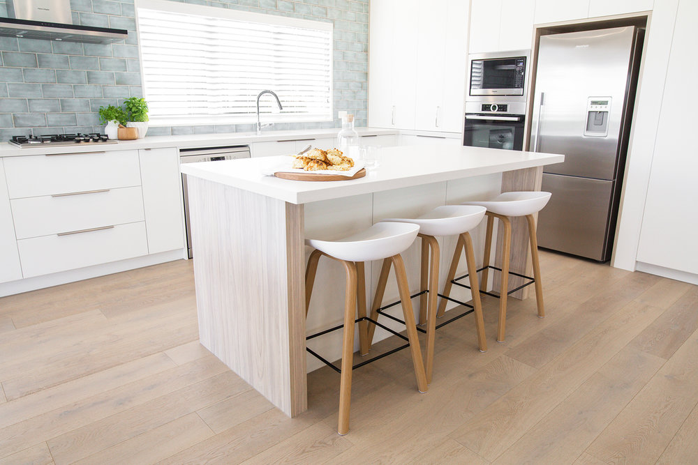 LIGHT & BRIGHT  kitchen specifications & finishes