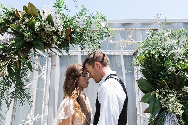 Very excited to be flowering back at @stackwood_ tomorrow 🌿 photo by @shoshkruger tap for full team #thewildstem #thewildstemweddings