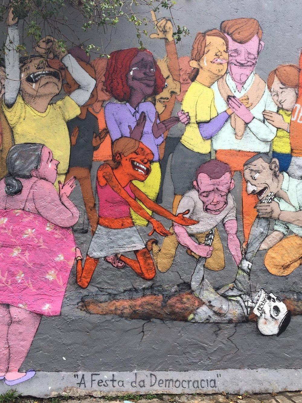 """""""Festa da Democracia"""" (2018) – graffiti by @paulo_ito. Photo by Fabia Veçoso"""