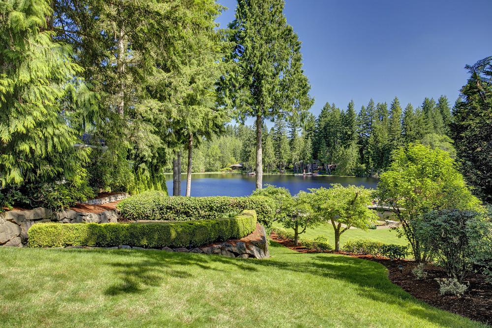 Beaver Lake Waterfront - $1,050,000