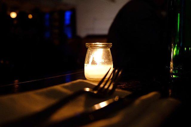 Dining. . . . . . . @fujifilmx_us @fujifilm_northamerica @metrographnyc  #fujifilmxt2#nyc#urban#streetshoot#matiasjofre#photographyislifee#photographyislife #photographysouls#photographyeveryday #photographylover#worldbestgram #iglobal_photographer #ig_great_pics #ig_myshot#shotwithlove#justgoshoot #xposuremag#icatching#collectivelycreate#wanderlust#heatercentral#highsnobiety#dining#tablefortwo